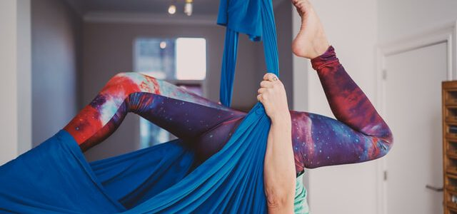 praktyka aerial jogi